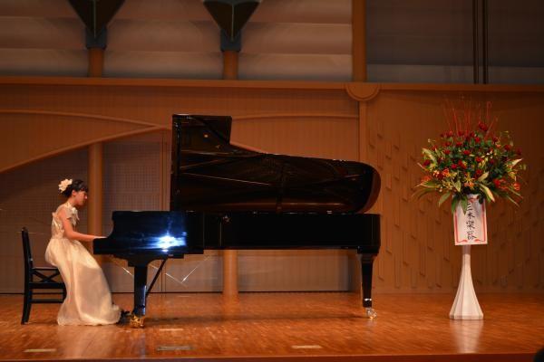 ピアノ発表会 知夏ちゃん