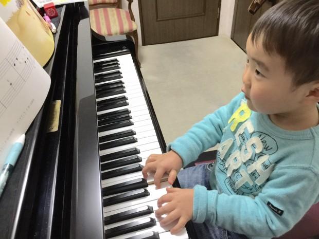 T君のピアノレッスン
